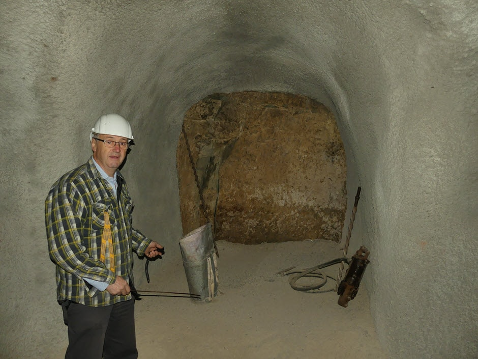 Werkzeuge in den Gewölben am Stephansberg